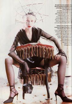 Vogue UK October 1994 photo Pamela Hanson Model:Nina Brosh 05.jpg