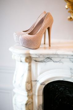 Amazing nude wedding shoes
