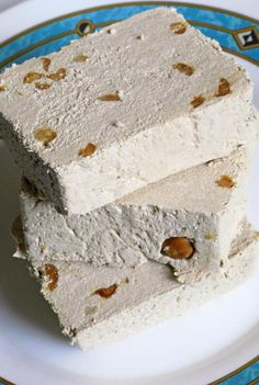 Recipe for an Iranian version of halva candy made with sugar, butter, flour, rosewater and saffron.