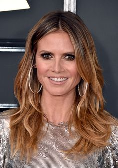 Heidi Klum 💖⭐️ The Annual Grammy Awards ceremony was held on February The CBS network broadcast the show live from the Staples Center in Los Angeles. Heidi Klum Hair, Medium Hair Styles, Long Hair Styles, Brown Blonde Hair, Medium Blonde, Hair 2018, Love Hair, Balayage Hair, Trendy Hairstyles