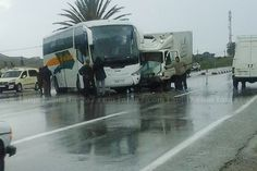 بسبب الأمطار.. حادثة سير على الطريق الرابطة بين #طنجة و #تطوان ظهر اليوم  Tanja7.com
