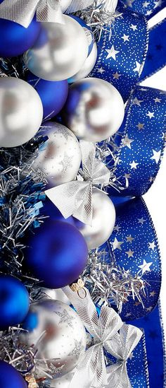 Christmas is Coming ~ Blue Christmas