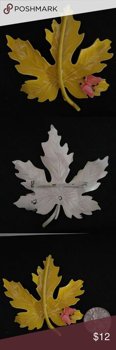 Vintage Enamel Yellow Leaf & Butterfly Brooch Euc   Bar and clasp secure, paint is shiny. Jewelry Brooches