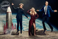 EW is saying goodbye to TV's No. 1 comedy with a geektastic guide to The Big Bang Theory. Click through to see more photos from our out-of-this-world photo shoot with Johnny Galecki (Leonard), Kaley Cuoco (Penny), and Jim Parsons (Sheldon). Easy Photo Editor, The Bigbang Theory, Johnny Galecki, Jim Parsons, Print Your Photos, Scene Image, Rule Of Thirds, Simple Photo, Photographs Of People