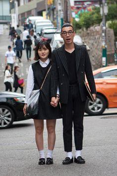 seoul-fashion-week-macthing-couples-street-style-01