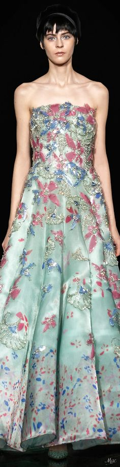 Long Party Gowns, Haute Couture Gowns, Strapless Dress Formal, Formal Dresses, Couture Embroidery, Armani Prive, Floral Fashion, Formal Wear, Pretty Dresses