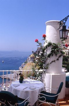 Sunshine and Lunch - Positano, Amalfi Coast ~ I'll see you in September, Italia ! Beautiful Places To Visit, Wonderful Places, Beautiful World, Beautiful Scenery, Vacation Destinations, Dream Vacations, Vacation Spots, Positano, Sorrento