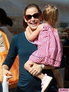 Jennifer Garner shops in the farmers market wearing the Rosie Pope Maternity L/S Sylvie