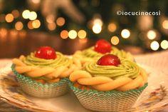 Cestini di frolla ripieni con crema al pistacchio | Ricetta dolcetti