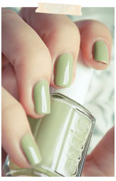 Essie Navigate Her. I'm obsessed with green nails at the moment