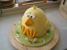 Easter cake | This cake is inspired by a chicken cake I saw … | Flickr