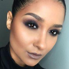 @makeupartistlulu_ BROWS: #BrowWiz in Dark Brown CONTOUR: Cream Contour Kit GLOW: Peach Nectar Illuminator LIPS: Sepia liquid lipstick #anastasiabeverlyhills #abhilluminator