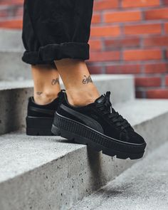 Sneakers For Women 2019 : RIHANNA Cleated Creeper Suede MID fashion wholesale cheap Sneaker for women s Running skate Sport Shoes Puma Creepers Outfit, Fenty Creepers, Puma Outfit, Puma Suede Outfit, Suede Shoes, Cheap Sneakers, Puma Sneakers, All Black Sneakers, Flats