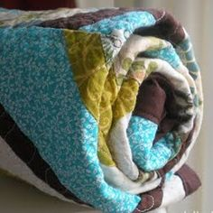 How to Make a Quilt: A Beginner's Tutorial~~A Beginner's Tutorial. Easy beginner friendly quilt patterns like this will get you started on your first quilt in no time.