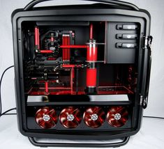 Richard Keirsgieter's water-cooled Cosmos II, with Asus ROG's brand new Maximus VI Formula motherboard