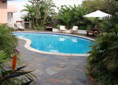 Accommodation Close to Beach. Offering Self Catering or B&B accommodation. Port Elizabeth, Beach Watch, Bar B Q, Bbq Area, Home And Away, Swimming Pools, Golf Courses, Outdoor Decor, Catering