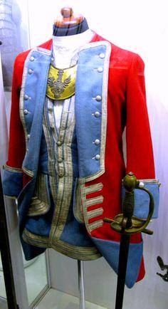 Mundur oficera gwardii pieszej koronnej z 1732 roku, którego pułkownikiem-komendantem był August A. Czartoryski