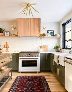 One Room Challenge - Modern Mountain Kitchen and Family Room - The Reveal Updated Kitchen, New Kitchen, Kitchen Dining, Modern Kitchen Decor, Earthy Kitchen, Kitchen White, Kitchen Backsplash, Home Design, Best Hacks