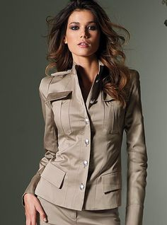 Love the military and structured look to this jacket! $128 #fashion #style #coat #jacket #militarystyle