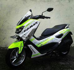 Nmax ขาว-เขียว Yamaha Nmax, Yamaha Scooter, Moto Bike, Motorcycle Bike, Honda Pcx, Hero Motocorp, Scooter Custom, Drag Bike, Xmax
