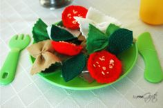 Pretend Food, Ideal Toys, Basil Leaves, Felt Food, Little Kitchen, Cherry Tomatoes, To My Daughter, Facebook, Handmade Gifts