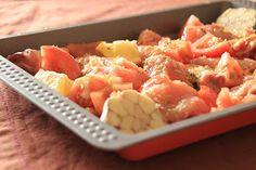 As Minhas Receitas: Frango no Forno com Tomate, Limão e Alho (acompanhado com massa curta cozida)