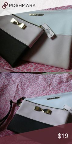 Victoria's Secret wristlets New 2 peice victoria's Secret wristlets Victoria's Secret Bags Clutches & Wristlets