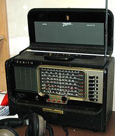 OTHER RADIOS - Jim's Antique Radio Museum  Zenith transoceanic radio