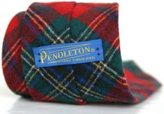 PENDLETON 57L Multi Color Red Green Plaid Slim Vintage 100% Wool Mens Neck Tie