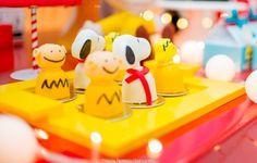 Blog maternidade Meu Dia D Mãe - Festa Menino Pedro 01 Ano - Decoração Snoopy Amarela e vermelha (8)