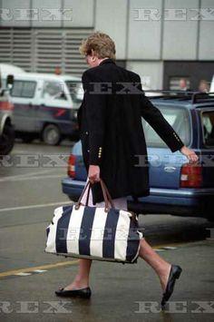 4 or 5 Jan 1993 Princess Diana Returns From Nevis. Heathrow Airport, London. Photo: Dave Parker-Rex1993
