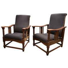1920's Pair of Arts & Crafts Upholstered Oak Reclining Chairs