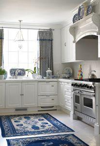 Blue and White kitchen....I am loving it!!!