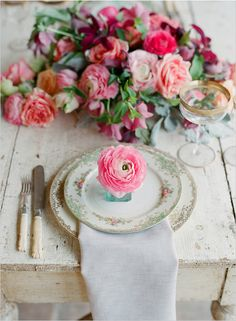 gorgeous and chic rustic place setting with peach and pink florals... wedding tables, table settings, rose, floral prints, rustic gardens, shabby chic, vintage china, flower, garden weddings