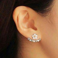 Pretty Crystal Daisy Earrings New Crystal Daisy earrings. Bundle and save. Jewelry Earrings