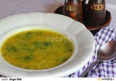 Na lžíci oleje zpěníme nakrájenou cibuli, přihodíme cukety nakrájené na kousky, zamícháme a zalijeme horkou vodou nebo zeleninovým vývarem.... 20 Min, Ethnic Recipes, Soups, Soup