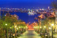 八幡坂 Hakodate, Japan Landscape, Night City, Travel Alone, Japanese Culture, Japan Travel, Beautiful Places, Scenery, Places To Visit