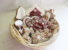 Gingerbread Christmas Biscuit Cookies Gift Hamper - With Merry Christmas Plaque, Laced Heart, Gingerbread House, Red Stocking, Angel, Bell, Two Cute Birdies, Star, Snowflakes & Christmas Tree - 12 Pieces by Cookie-Art London on Gourmly