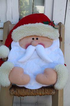 White Christmas, Christmas Stockings, Christmas Holidays, Christmas Crafts, Christmas Ornaments, Christmas Chair Covers, Santa Crafts, Christmas Inspiration, Xmas Decorations