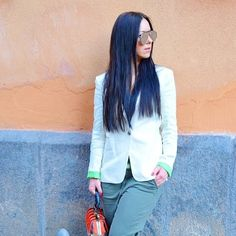 We ❤️ Blazers | Website in @sumissura bio | #friday #fashionistafriday #womenswear #womenfashion #fashion #fashionista #fashionblogger #fashionstyle #fashionblog #ootd #tailored #igers #style #stylish #luxurylife #lookoftheweek #styleblog #instagood #photooftheweek #fashionista #gorgeous #photooftheweek #women #custommade #blazer Catania, Photos Of The Week, Custom Made, Blazers, Women Wear, Stylish, Instagram Posts, Jackets, Friday