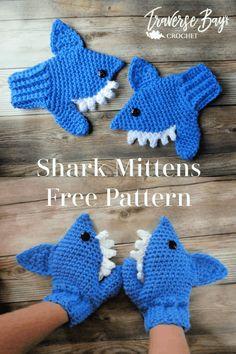 Quick Crochet Patterns, Crochet Mittens Free Pattern, Crochet Gloves, Knit Mittens, Crochet Slippers, Crochet Baby Mittens, Crocheting Patterns, Fingerless Mittens, Crochet Shark
