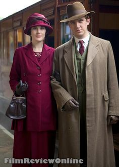 Lady Mary and Matthew traveling to Scotland. Downton Abbey