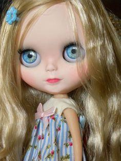 Custom Blythe Doll Twila  OOAK / Handmade / by AltheasDollHouse www.altheasdollhouse.etsy.com