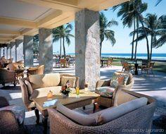 World Hotel Finder - The Fairmont Pierre Marques