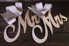 Elegant pair of signs for the chairs of the newlyweds. Glitter Mr. & Mrs front and back. Chair Sign. for wedding Chair Decor. Gold Rose, Champagne Glitter.