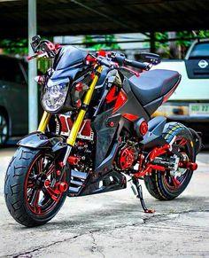 Msx Honda Scooters, Honda Bikes, Honda Motorcycles, Custom Motorcycles, Grom Bike, Scooter Motorcycle, Moto Bike, Honda Grom Custom, Sidecar