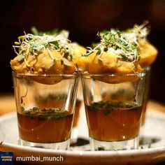 Via @mumbai_munch - Hindi Chini Bhai-Bhai at @globalchaosindia. Panipuri shots with an Asian twist. Location : Global Chaos Fort. Follow us for daily foodilicious updates. Featured foodie: @eat_click_sleep #thefoodpunch #thecrazyindianfoodie #food #mumbai #mumbaifood #mumbaifoodie #foodie #instafood #instalike #instagood #trellfood #foodhangovermumbai #foodiliciousmumbai #indianfoodtales #mumbaicravings #mumbaifoodicious #thingstodoinmumbai #foodlovers #mumbaifoodscenes #IncredibleIndia…