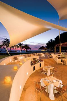 Celebrate your wedding reception in the Ocean Restaurant, with canopies overhead it makes you safe from the elements but still getting the feel of having an outdoor reception.  #dreamsvillamagna