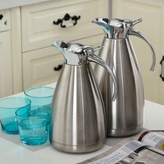 Stainless steel vacuum carafe coffee jug Size: you can choose the Color you like: stainless steel,wine red, champagne, royal blue. Stainless Steel Canisters, Stainless Steel Kettle, Catering Equipment, Cooking Equipment, Kitchen Aid Mixer, Kitchen Appliances, Box Water, Water Bottle, Kitchen Organization Pantry