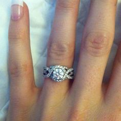 This is the one that I want. I'm so obsessed with this ring #iwant #whitegold #please